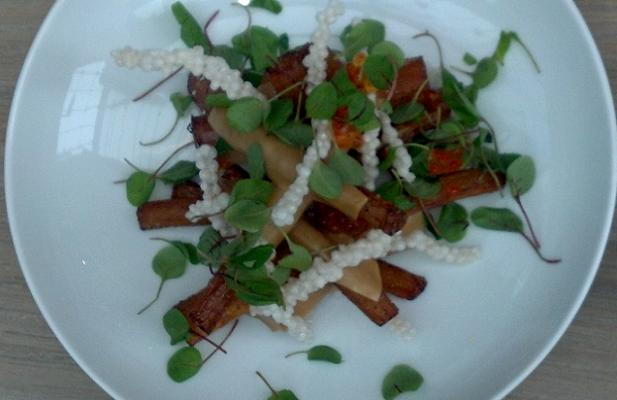 SALSIFY, cured roe, tapioca, grains of paradise