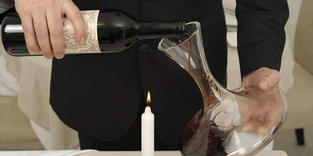 Does decanting eliminate the natural oxidative curve of a bottle of wine? Does it make a wine taste $20 better? Photo: FOOD-pictures/Fotolia.com
