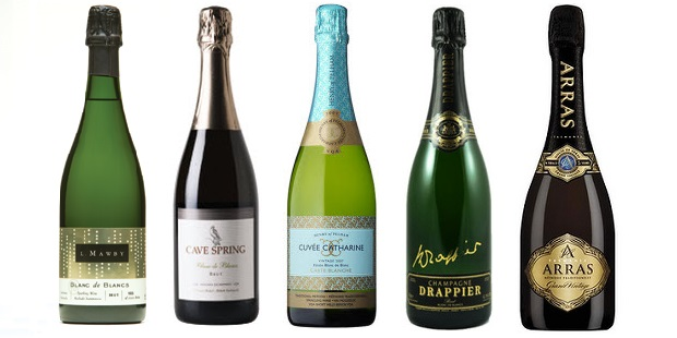 From left to right: L. Mawby Vineyards Blanc de Blanc Chardonnay NV, Cave Spring Blanc De Blancs Brut, Henry Of Pelham Cuvée Catharine Carte Blanche Blanc De Blanc 2008, Drappier Signature Blanc De Blancs Brut Champagne, House of Arras Blanc de Blancs 2004