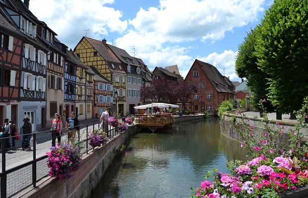 Colmar Canal PHOTO: Cassidy Havens, http://teuwen.com/