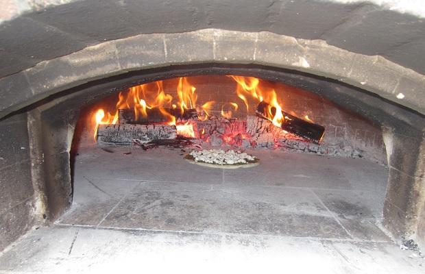 Stratford Chefs Mobile Pizza Oven Photo: Michael Godel