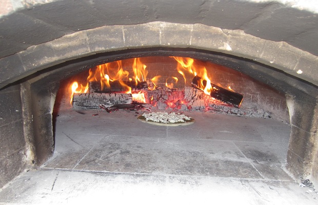 Stratford Chefs Mobile Pizza Oven Photo: Michael Godel