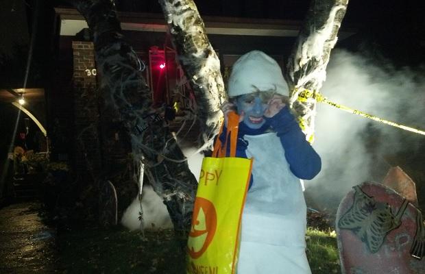 Smurfette does Halloween
