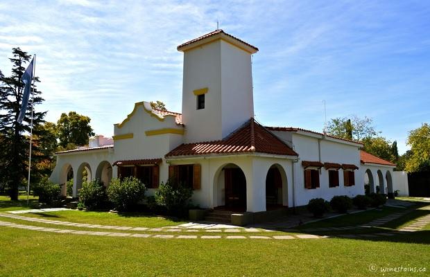 Villa Viamonte in Chacras di Coria Photo: (Elena Galey-Pride, www.winestains.ca)