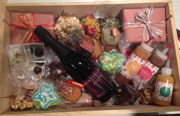 Barque Holiday Basket  http://barque.ca/baskets#&panel1-1