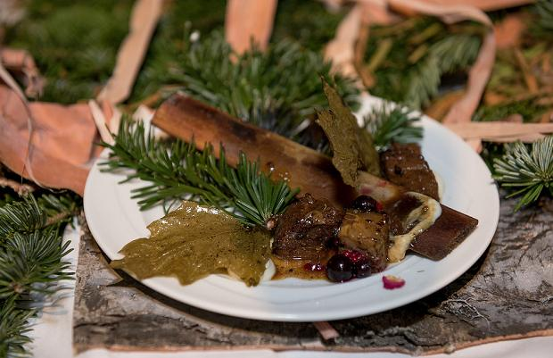 Gold Medal Plate, Toronto 2014: Canoe's Chef John Horne Grandview Short Ribs Glazd with Tree Syrups (c) Ronald Ng Photography