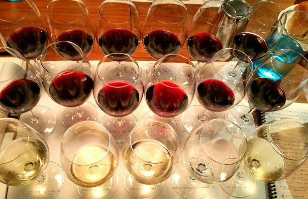 Stratus assemblage and varietals