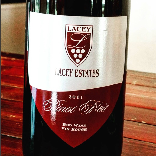 One more prime #pec Pinot site. Lithe @LaceyEstates804 '11 with the seven-year itch. '13 from barrel progessing and professing further #PECwine #clossonridge