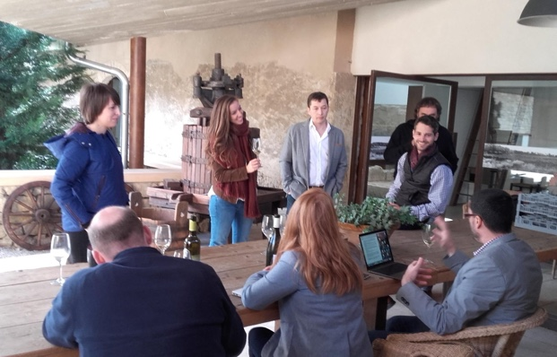 Los Canadienses taste and talk with the winemakers of Terra Alta at Celler Lafou photo (c) https://www.facebook.com/labotera.satlabotera/?fref=ts