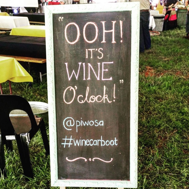 High five Sunday, at #winecarboot with @PIWOSA @WOSA_ZA @WOSACanada #journeysendvineyards #schapenberghills #sirlowryspass