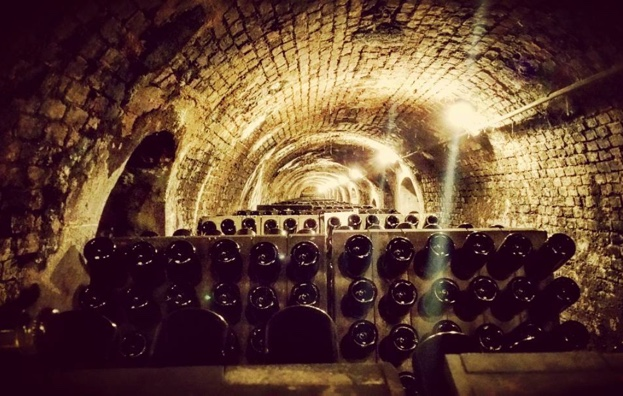 Large formats and the furnace @contadicastaldi @franciacorta #gamberorosso #moretti