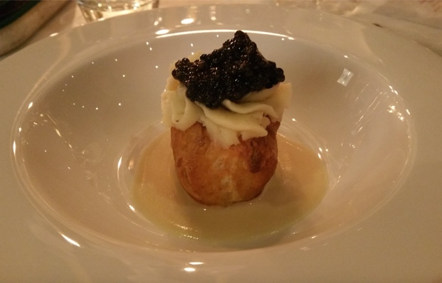 Puff pastry potatoes with caviar