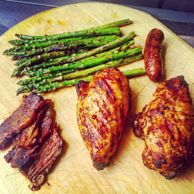 Why wouldn't you grill #asparagus and why wouldn't you use @barquebbq rubs?