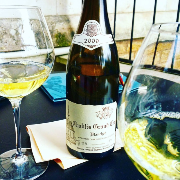 Down by the river with #raveneau #grandcru #blanchot #chablis @lafolieauxerre #2009 #francoisraveneau #thankful