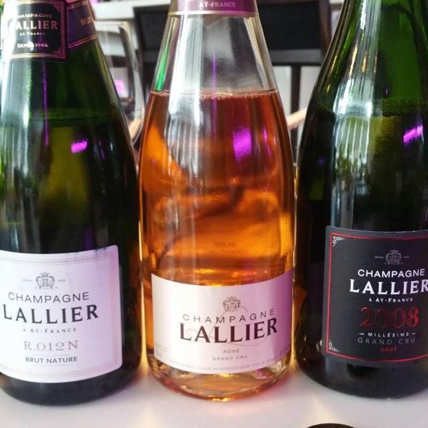 lunch-champagnelallier-azureau